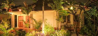Nice clean affordable luxury hotel Kuta Lombok Trevligt rent prisvärt lyx hotell Hotel Nyaman bersih harga terjangkau